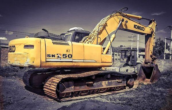 excavadora koelco sk350